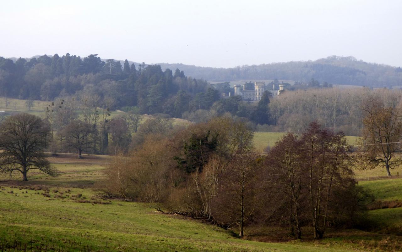 Eastnor Castle (32623143751)