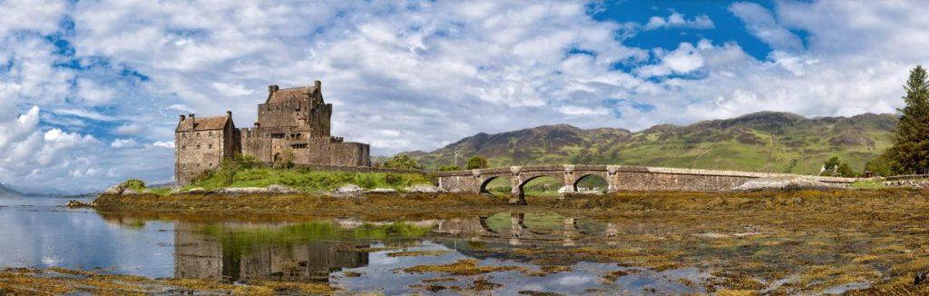 Eilean Donan Castle Panorama